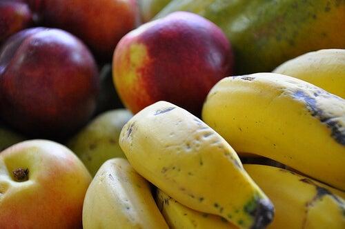 胃潰瘍の自然な治療法には果物がおすすめ