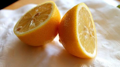 静脈瘤のためのレモン