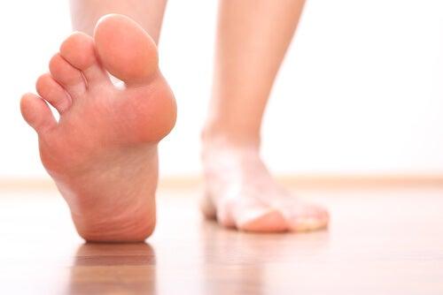 足から健康状態を知る方法
