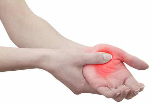 手のしびれーその原因と改善方法