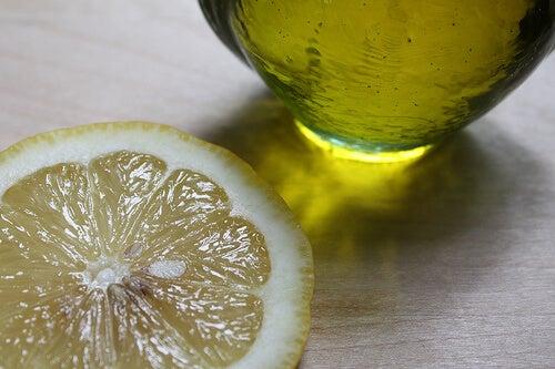 オイルとレモンで 免疫力 を高める