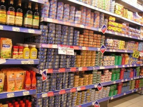 缶詰食品の危険性