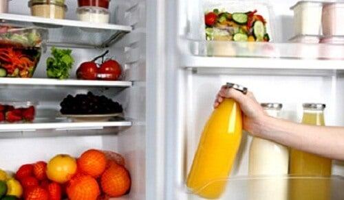 冷蔵庫に入れてはいけない11の食品