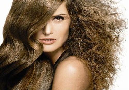 天然素材でくせ毛を大人しくさせる方法