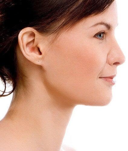 お肌の傷を消す方法
