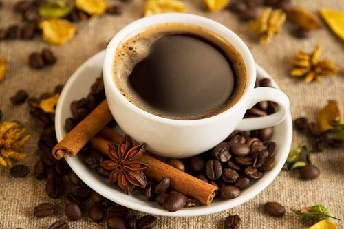夜に向かない食べ物はコーヒー