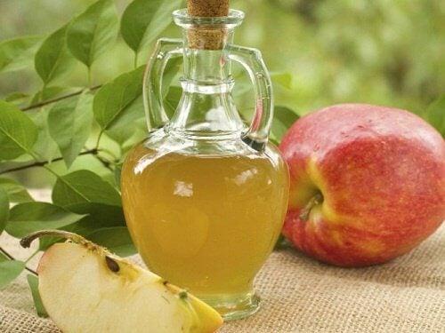 エッ!と驚くリンゴ酢の利用法