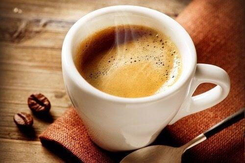 コーヒーと空腹感の関係