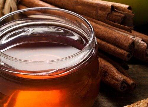 蜂蜜とシナモン