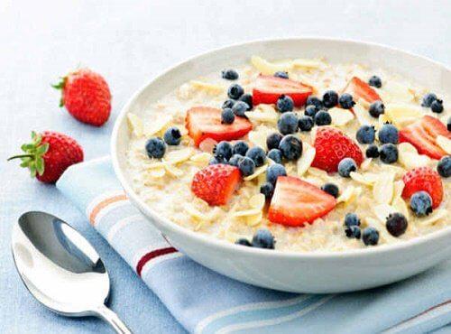 オートミールはヘルシーな簡単朝食
