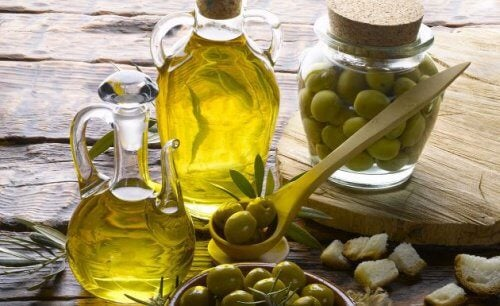 エキストラバージン オリーブオイル の驚きの活用法10