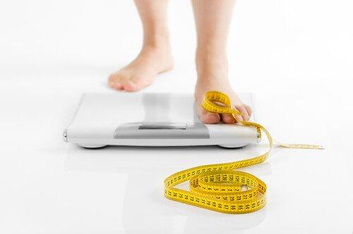 甲状腺異常:体重の変動