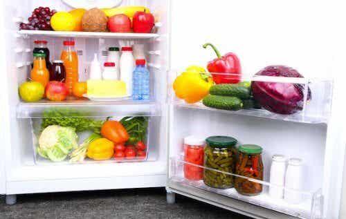 冷蔵庫に常備しておきたい14の食品