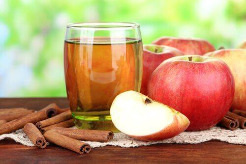 アップルシナモン水