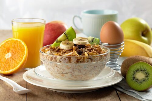 ヘルシーで美味しい朝食を取る8つの方法
