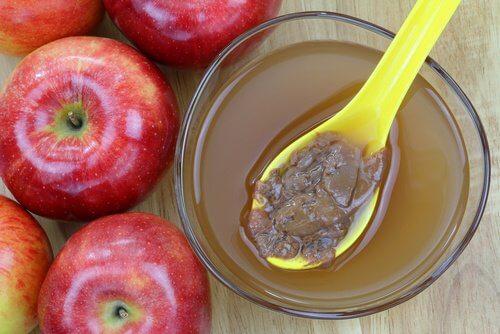 はちみつ入りりんご酢を毎朝飲みましょう