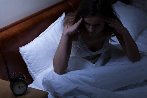 睡眠不足が認知症につながる可能性