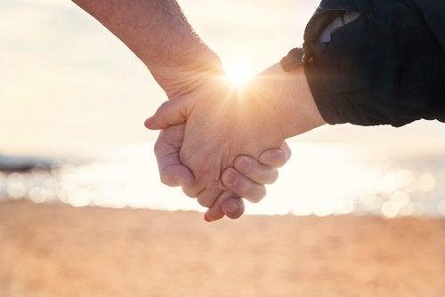 健康的な関係のための10の習慣