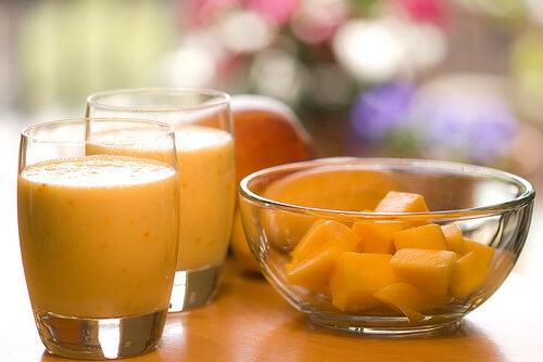 2-orange-smoothie