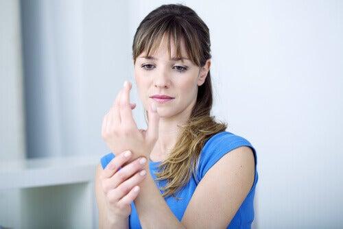 4-wrist-pain