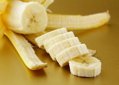 私たちの健康を助けるバナナの成分