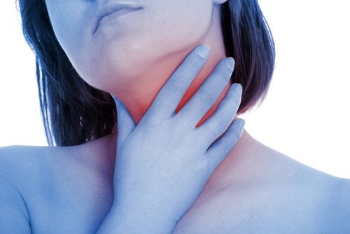 2-throat-pain