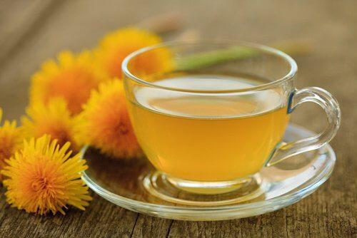 3-dandelion-tea