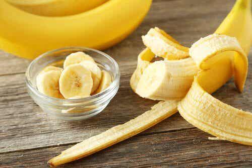 バナナの皮の利用方法