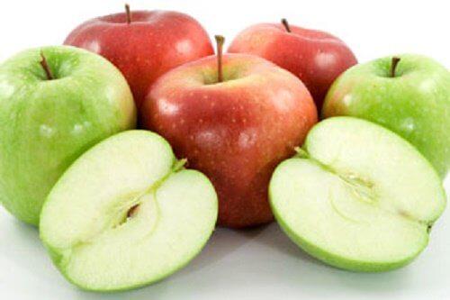 赤りんごと青りんご