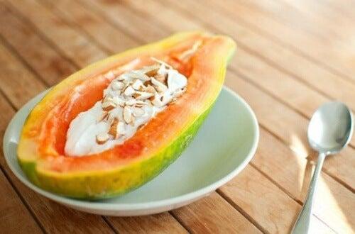 yoghurt-with-papaya
