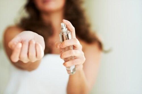 あなたにふさわしい香水を選ぶ方法