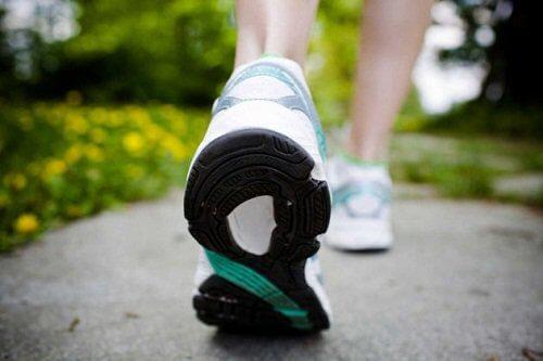 5-walking-shoes