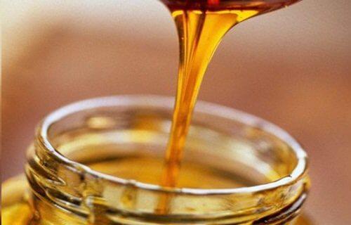 筋けいれんのためのハチミツ