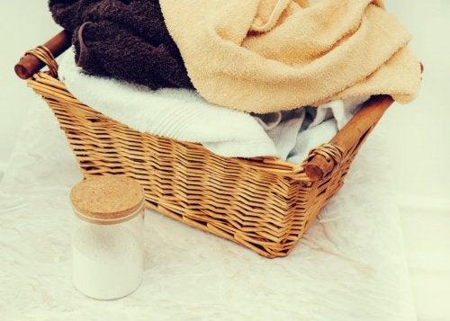 家庭でできる/ナチュラルな材料を使った洗濯ワザ