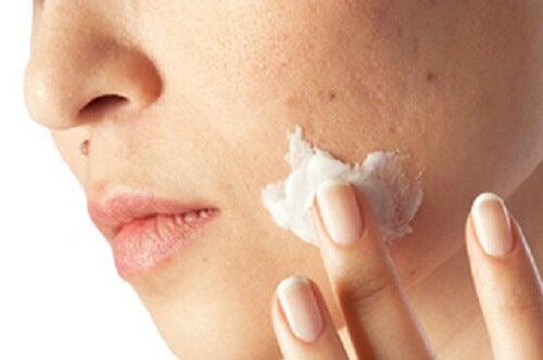 毛穴の汚れを一か月できれいにする方法