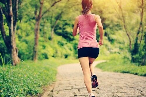Woman-exercising (1)