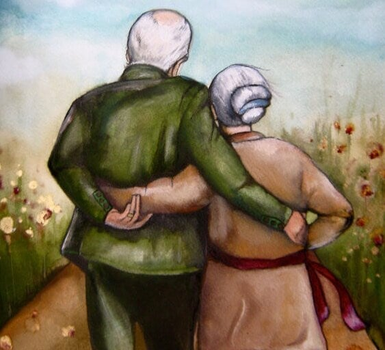 elderly-couple-hugging