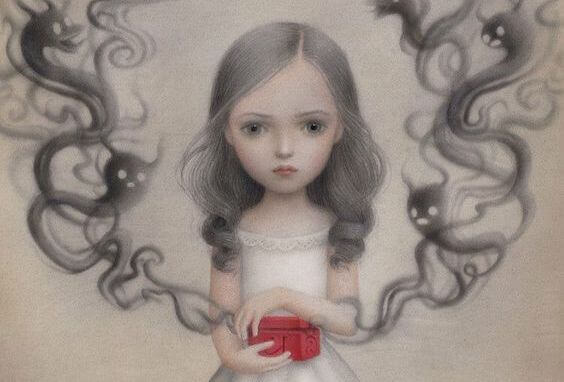 girl-opening-red-box