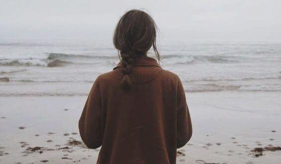 woman-beach