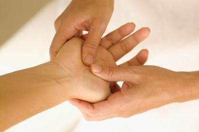 4-hand-massage 活力