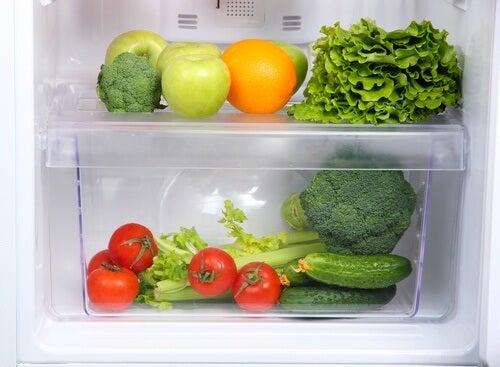 冷蔵庫に入れてはいけない食品