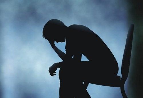 悲しみが体に与える影響