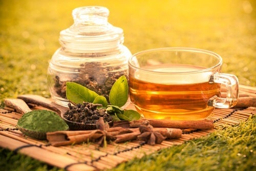 what-to-know-about-green-tea