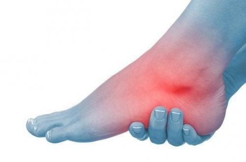 足のむくみのための自然療法6種