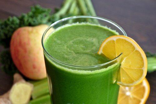 3-celery-and-apple-juice