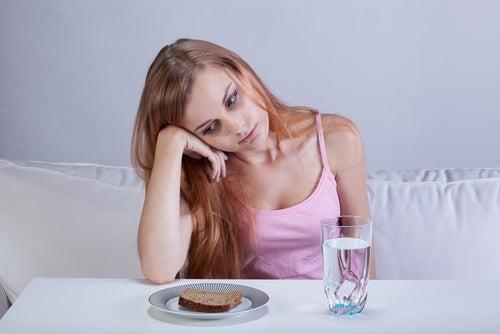 食欲不振 腎不全の初期症状
