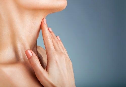 cuello-mujer-500x344