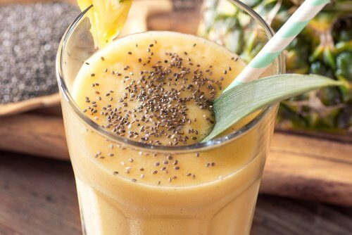 pineapple-and-chia-seeds