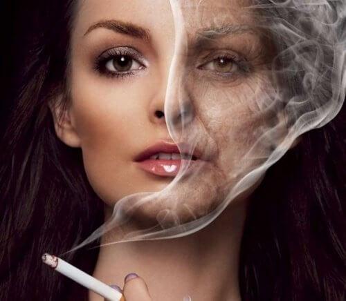 タバコとしわ