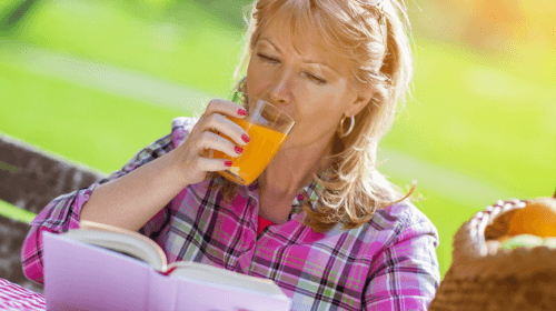 woman-drinking-juice